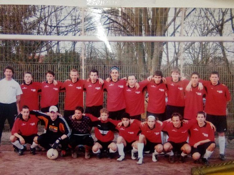 Saison-03-04_B1